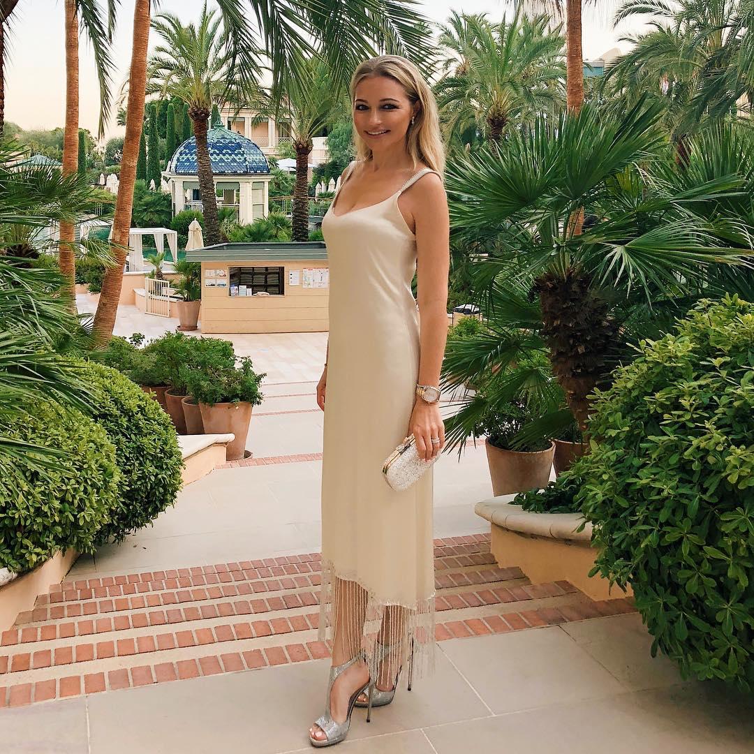 41-летняя Инна Маликова надела платье для 20-летних