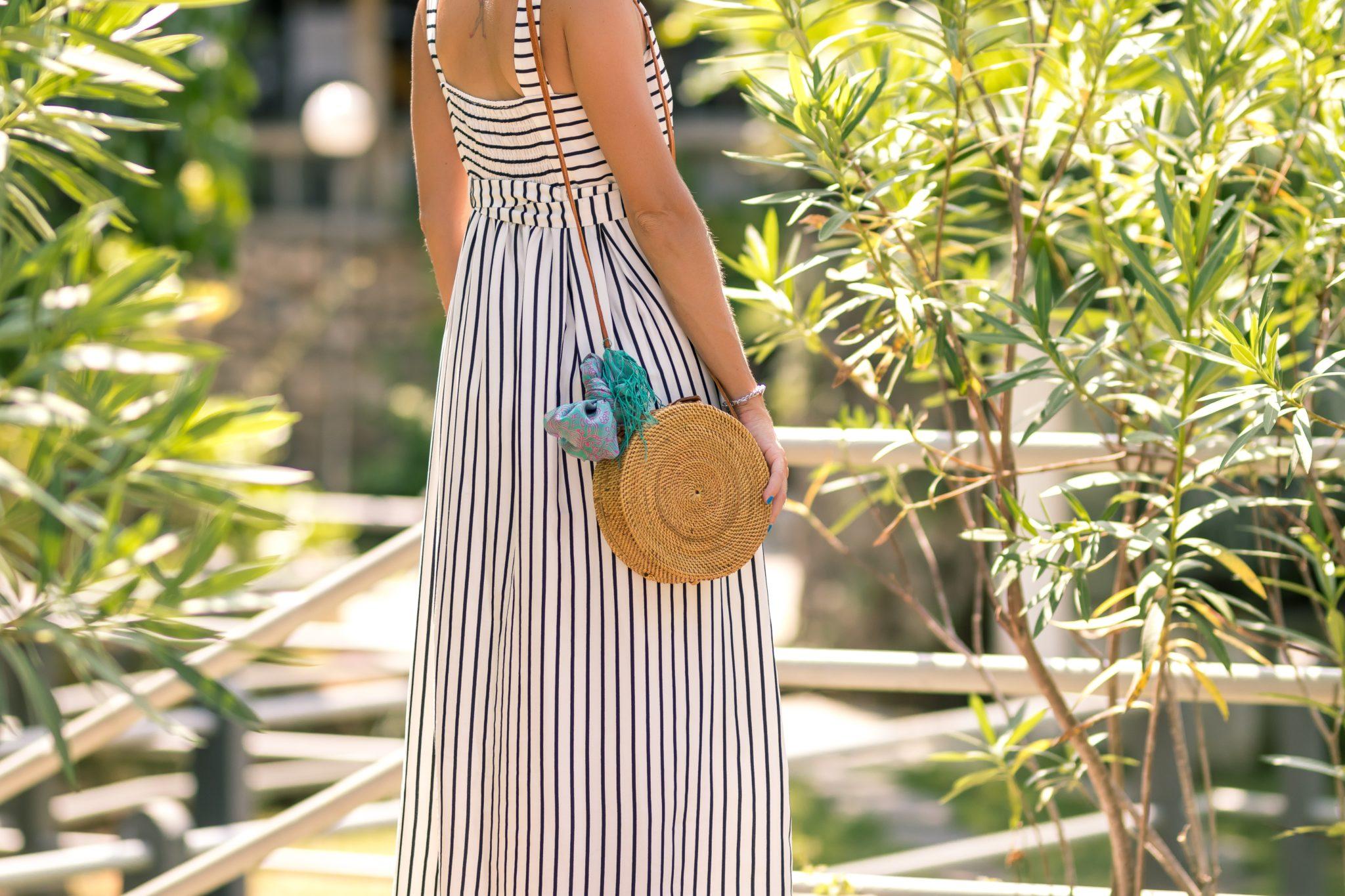 Отпускной гардероб в маленький чемодан: 3 совета от стилиста