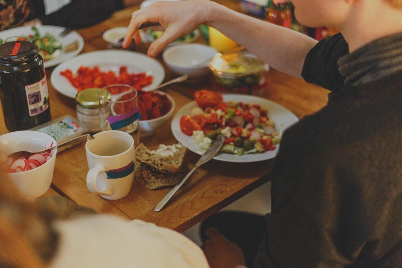 Компульсивное переедание и способы борьбы с ним